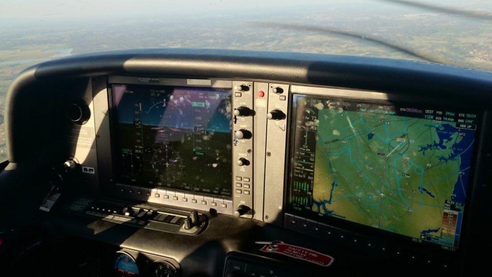 Cirrus cockpit